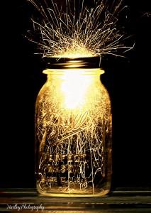 mason jar w sparkler